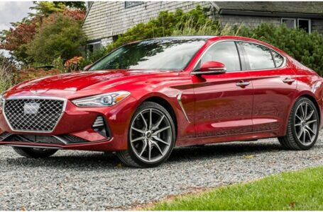 Checking Out the 2020 Genesis G70 Sedan Model Series
